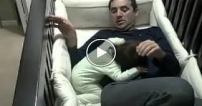 فيديو رائع لاعظم أب فى التاريخ