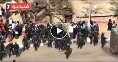 فيديو آخر لاعتداء الداخلية على البنات فى مصر