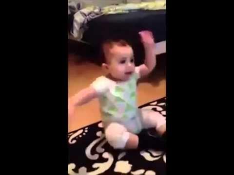 طفل مسخره بيرقص على اغنيه جانجام استايل