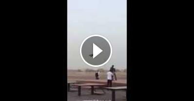 طيار مصري يقوم بعرض رائع بطائرتة الحربيه فى دبي