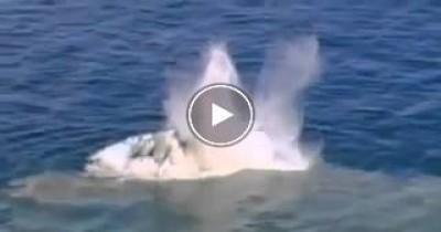 بالفيديو لحظة ميلاد جزيرة فى وسط البحر