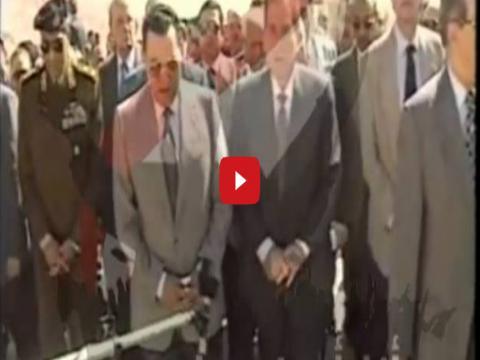 بالفيديو مبارك يعنف طنطاوى بسبب حادث الأقصر الإرهابى