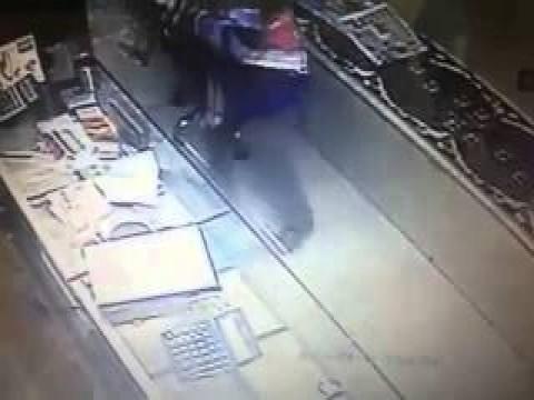 فيديو السطو المسلح على محل مجوهرات بالقنطرة غرب